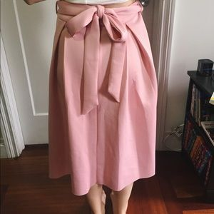 Dresses & Skirts - Pink Waist-high skirt with sash